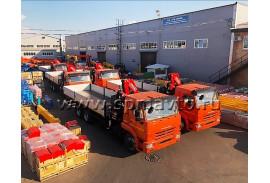 Отгрузили партию в 6 единиц бортовых автомобилей КАМАЗ 65117 с Fassi F215A.0.22!
